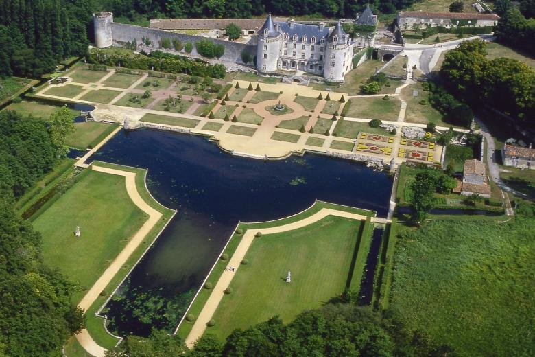 École CAREL - Château de la Roche Courbon