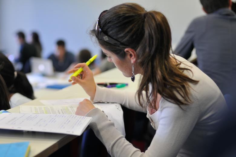 IEF LR Academy Excelia Group - Étudiante en cours