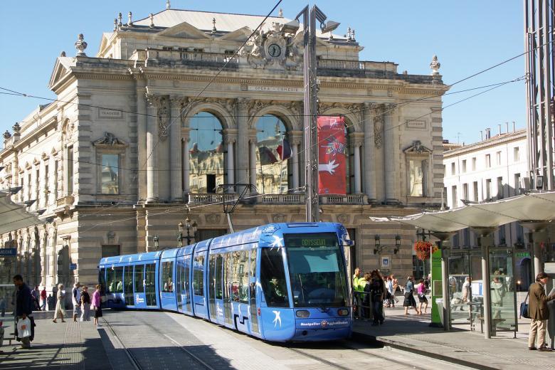 Institut Linguistique Adenet - Tramway à Montpellier