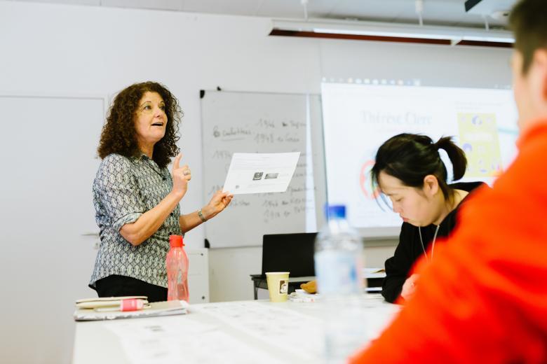 École ILCF - Professeur en cours de français UCLy