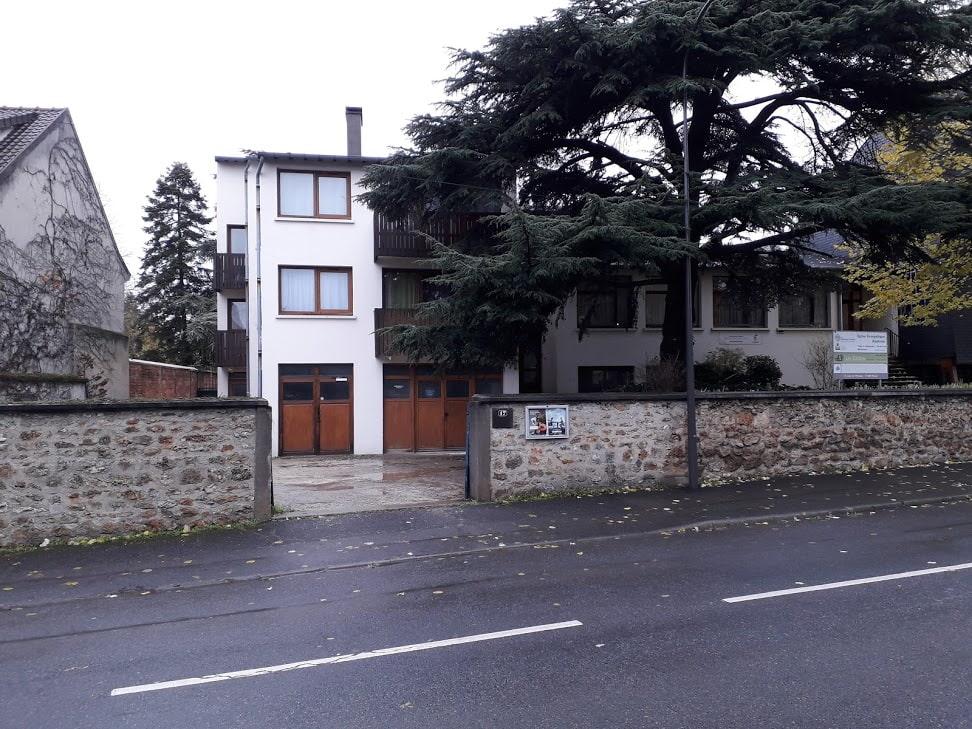 École Les Cèdres - Entrée école